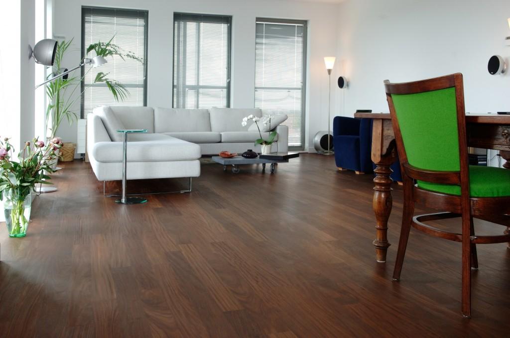 Woonkamer Houten Meubels : Donker houten meubels awesome donkere eiken keuken lichter maken